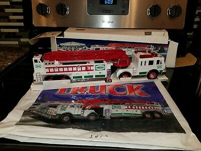 Hess* 2000* Toy* Fire* Truck* New In Box