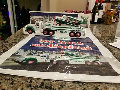 NEW Hess Toy Truck and Airplane 2002 Lights and Motorized Airplane