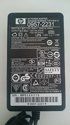 HP AC Power Adapter: 0957-2231
