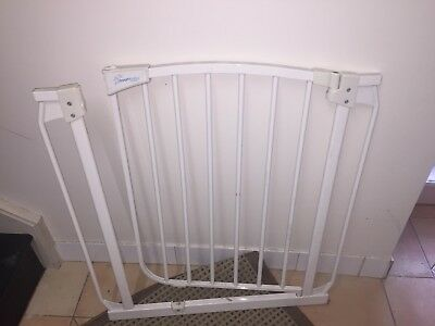 Child Safety Gate With Extension Pick Up Wollstonecraft