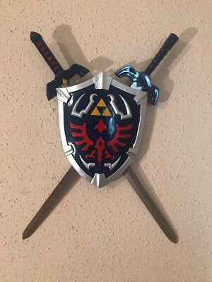 Legend Of Zelda Hylian Shield and Link Swords