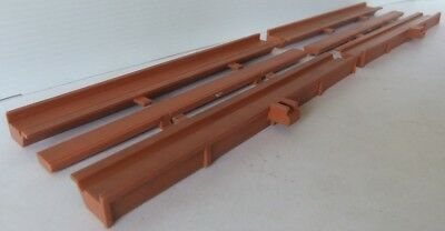 TRI-ANG HORNBY RAILWAYS R456 Straight Track Side Walls x 4 + 2 x centres  [7838]