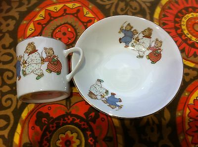 Vintage Childs cup & bowl.The 3 Bears .Fine China .Japan.Baby shower nursery