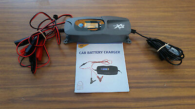 Trickle Battery Charger, Fully Automated, 6V/12V, 1.80m cable, Car/Bike, As NEW!