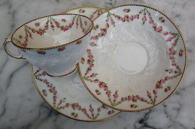 George Jones & Sons (Crescent China) 3 piece Gorgeous tea trio c. 1924