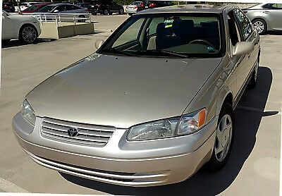 1998 Toyota Camry LE 1998 Toyota Camry LE (62k Miles,great condition)
