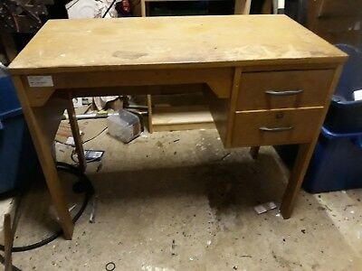 vintage desk (50+ years old) upcycling project