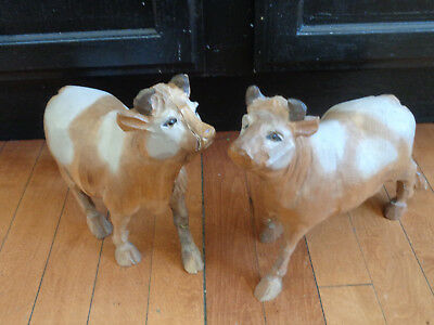 Pair Rustic Hand Carved Wooden Cows Primitive Folk Art Vintage Country Farm Tan