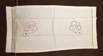 Antique Hand Embroidered Hand Towel Floral Motif Ex Condition,
