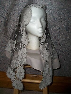 vtg Mantilla lace Chapel Church veil scarf