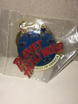 New Planet Hollywood Mall Of America Globe Keychain
