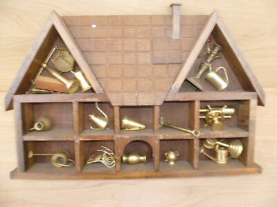 Vintage Old Timber Wall House & Brass Miniatures Lot, Old Brass (G391)