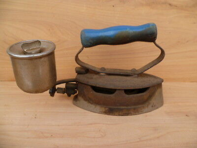 Vintage Old Metal & Timber Cloths Iron, Old Cloths Iron (G714)