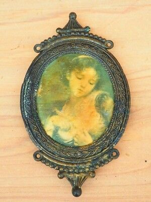 Vintage Old Small Cameo Picture, Frame (H264)