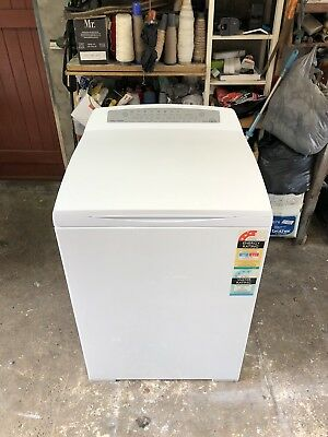 Fisher And Paykel 8 Kg Aqua Smart Washing Machine 3 YEARS OLD!