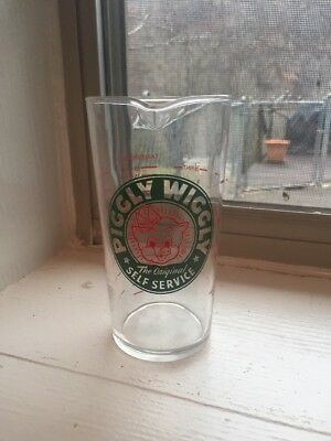 Piggly Wiggly Measuring Cup Beaker ***wow***