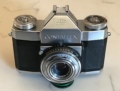 Contaflex Camera, first model in excellent cosmetic condition, as is.