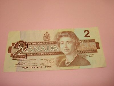 1986 - Bank of Canada $2 note - two dollar bill - EBJ5544830