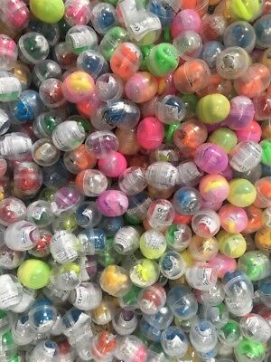 D4.    50 CAPSULES SHELLS - VENDING MACHINE STOCK REFILLS  Filled With Toys