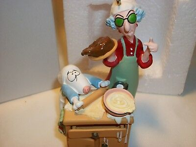 2006 Hallmark MAXINE BAKES Keepsake ORNAMENT Exclusive SIGNED RARE!