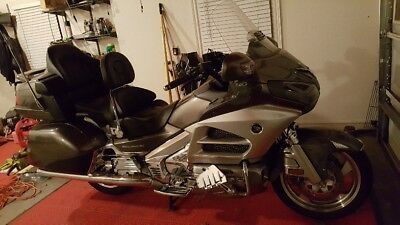 2013 Honda Gold Wing  2013 Honda Gold Wing loaded - only 9526 miles!!
