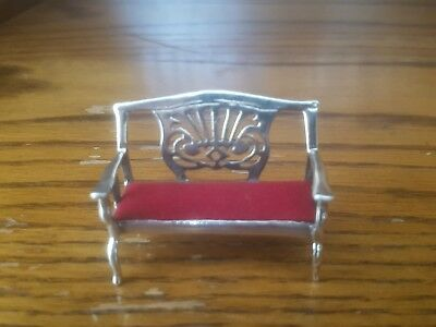 STERLING SILVER MINIATURE SETTEE WITH PADDED SEAT. (Pin cushion or dolls house)