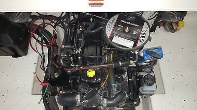 MERCRUISER   3.0   ALPHA 1 - COMPLETE INBOARD ENGINE Turn-Key Starting -135 hp