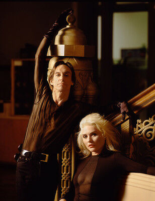 Debbie Harry & Iggy Pop UNSIGNED photograph - L2975 - In 1990 - NEW IMAGE!!