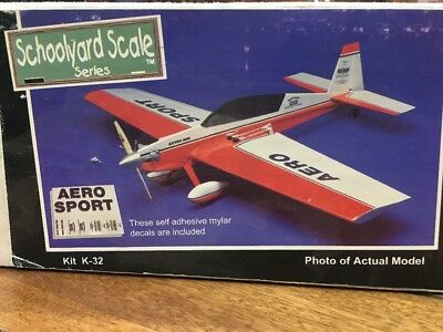 House of Balsa Extra 300 L kit K-32 Mint condition