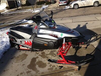 2003 Yamaha RX1 snowmobile    Super clean   Well maintained