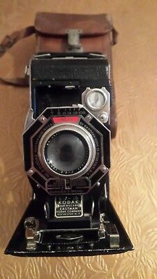 Vintage Kodak Eastman six-16 folding camera and leather case - faulty
