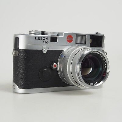CARL ZEISS PLANAR T* 50mm F/2 ZM Lens In Silver For Leica M Mount Cameras