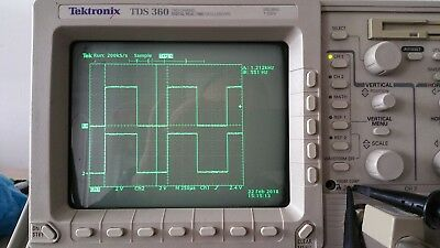 TEKTRONIX TDS 360 TWO CHANNEL OSCILLOSCOPE (200 Mhz, Digital Real-Time 1Gs/s)