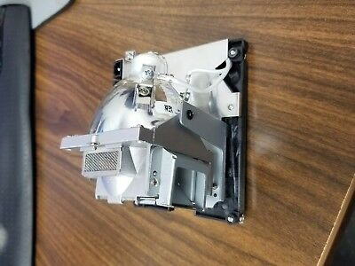5J.J2N05.011 Replacement Lamp With Housing for BENQ SP840