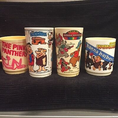 Lot Of 4 Hanna Barbera Characters Pink Panther Deka Plastic Cups Vtg