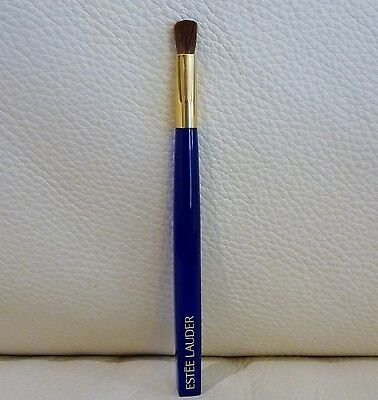 ESTEE LAUDER Eye Shadow Brush, Brand New! 100% Genuine!!