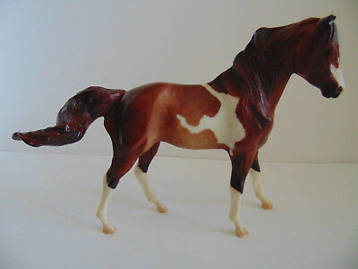 "Breyer Reeves Tradition Classic Brown and White Pinto Paint Horse 6"" Tall"