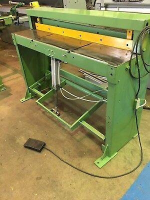 FJ Edwards Pneumatic Powered Treadle Guillotine