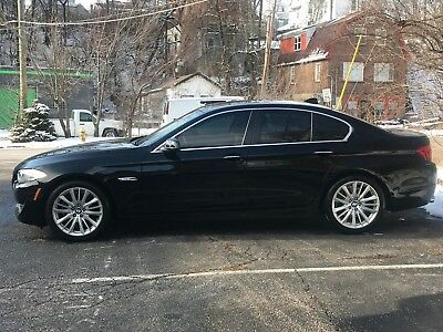 2011 BMW 5-Series Upgraded Interior 2011 BMW 528i, LOW Miles (36K), Fully Loaded, PRISTINE Condition