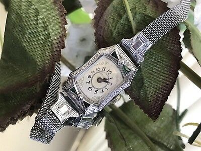 1930's  Ladies Art Deco 14K Emerald United Jewelers Watch ~Wire Mess Band ~ Runs