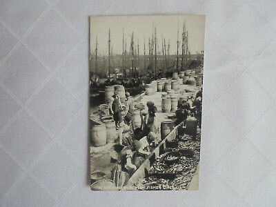 Postcard - Collectors. SCARBOROUGH: SCOTCH FISHER GIRLS
