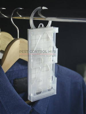 Clothes Moth Trap by Mastertrap Slim Hanging incl. 1 Pheromone Glue Board Refill