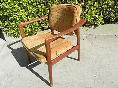 Vintage Mid-Century Modern Swedish Dux Lounge Chair, Great Upholstrey, Nice Look