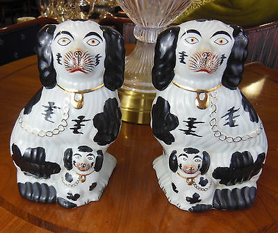 Antique Vintage Pair Of Staffordshire Chinese Porcelain Dogs Reproduction