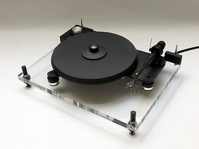 PRO-JECT PERSPECTIVE 6.1 Turntable speed box. Rare Suspended Chassis. Excellent.