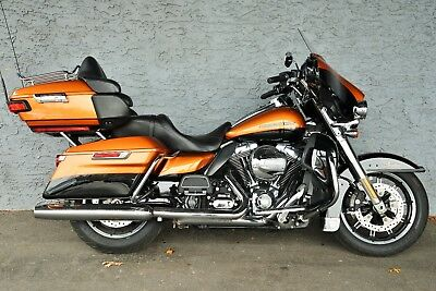2016 Harley-Davidson Touring  2016 HARLEY DAVIDSON ULTRA LIMITED, AMAZING LOW MILES, SUPER CLEAN