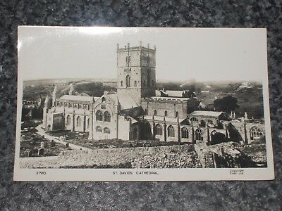 St David's Cathedral Pembrokeshire   Photo  Postcard Vintage Posted 1959  Vgc