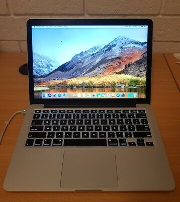 """Macbook Pro 13"""" Early-2015 256gb SSD Cycle count 119"""