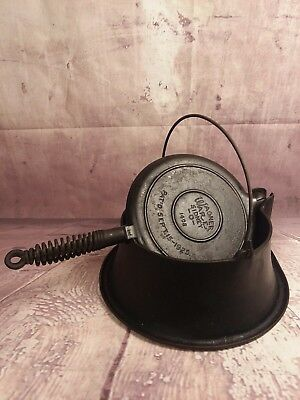 Vintage Antique 1925 Wagner Ware Sidney #1408 Cast Iron Waffle Maker With Stand