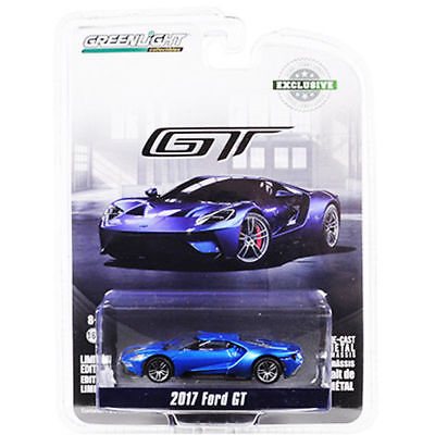 2018 Greenlight Collectibles Hobby Exclusive 2017 Ford GT Silver Combine Ship